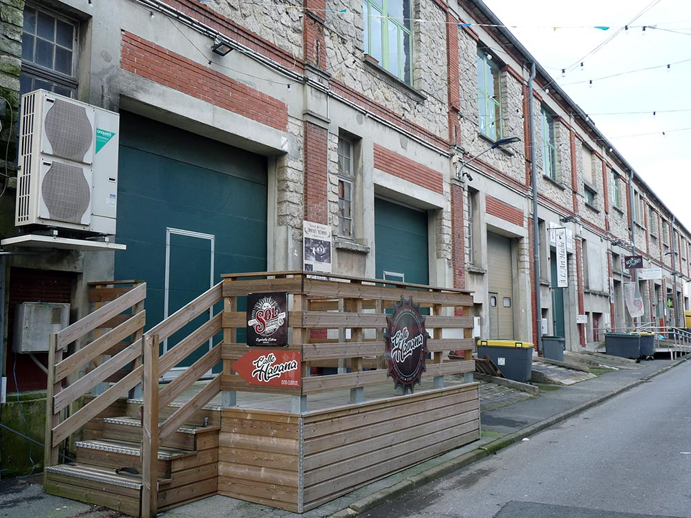 Terrasses et béton dans l'actuelle rue Ganteaume