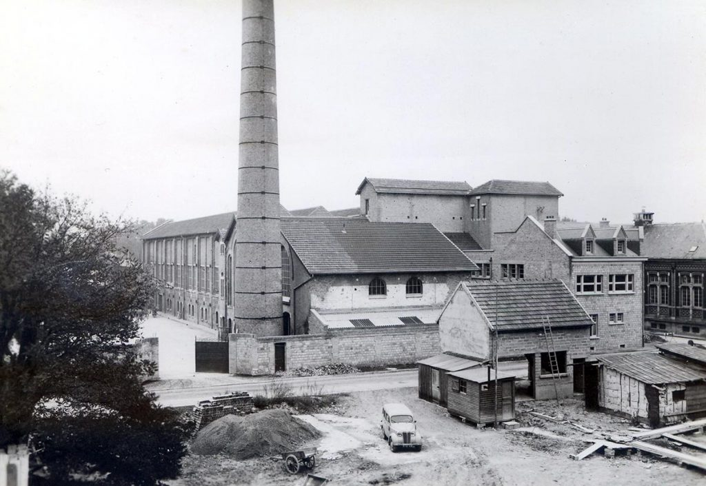 Bâtiments de 1920 reconstruits en 1950